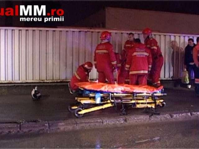 VIDEO - BAIA MARE: ACCIDENT – Șoferul beat al unui BMW a rănit doi oameni și distrus nu mai puțin de șapte mașini
