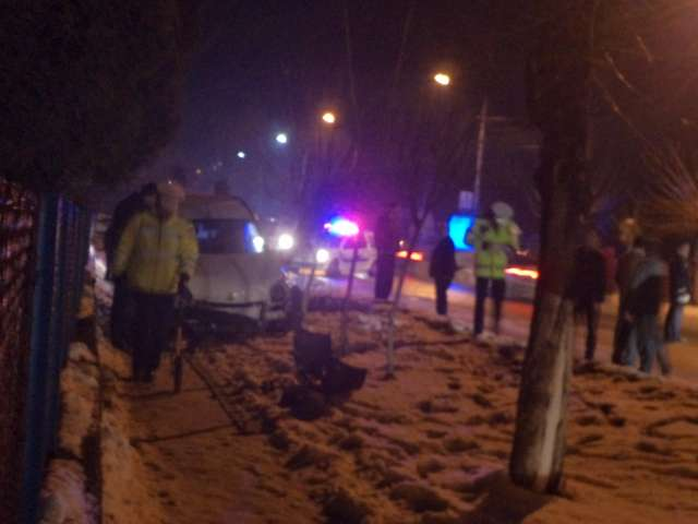 FOTO - Accident grav în fața Hotelului NOVA din Sighet