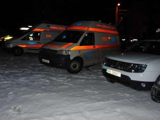 VIDEO: Operaţiune de salvare în Munţii Rodnei - 45 de cercetași și 6 însoțitori au fost salvați din viscol