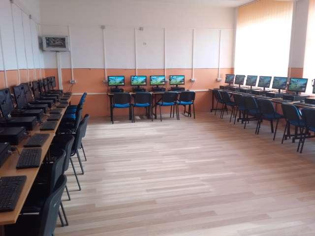 FOTO - Model de management în învățământ - Școala Generală nr. 10 a încheiat un parteneriat cu Kaufland și a atras importante finanțări pentru școală