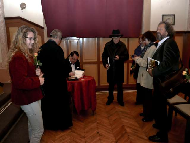 LANSARE DE CARTE și un SPECTACOL încheie STAGIUNEA ARTISTICĂ  și PRIMA EDIȚIE a ZILELOR TEATRULUI SIGHETEAN