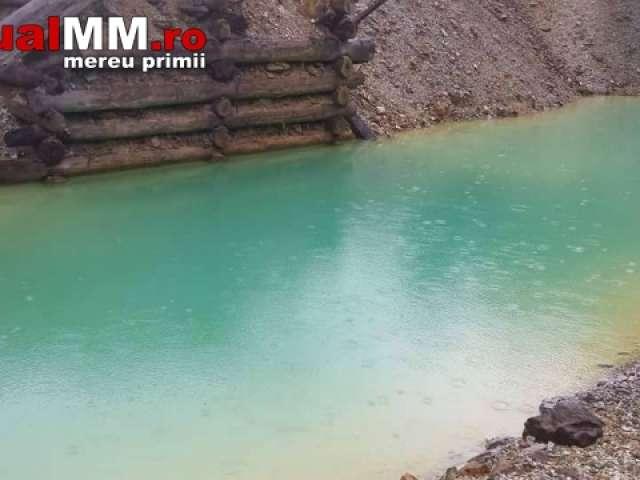 """POLUARE - În Borșa s-a format un """"Lac Albastru"""" din cauza apelor de mină"""