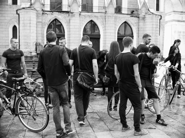 FOTO + VIDEO: Marșul biciclistilor pentru omagierea lui Marius Iuga, tânărului biciclist sighetean decedat sâmbătă într-un accident