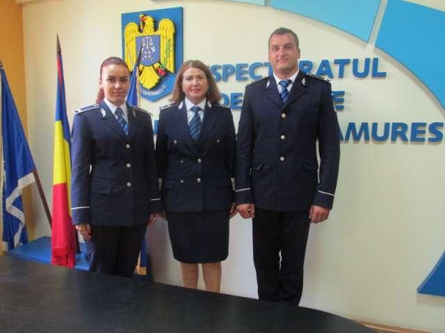 """FOTO: Doi absolvenţi ai Şcolii de Agenţi de Poliţie """"Septimiu Mureşan"""" Cluj Napoca repartizaţi Inspectoratului de Poliţie al Judeţului Maramureş"""