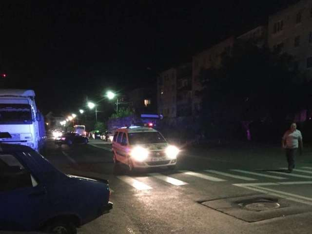 SIGHET: FOTO & VIDEO - Cinci mașini avariate de către un șofer beat turtă