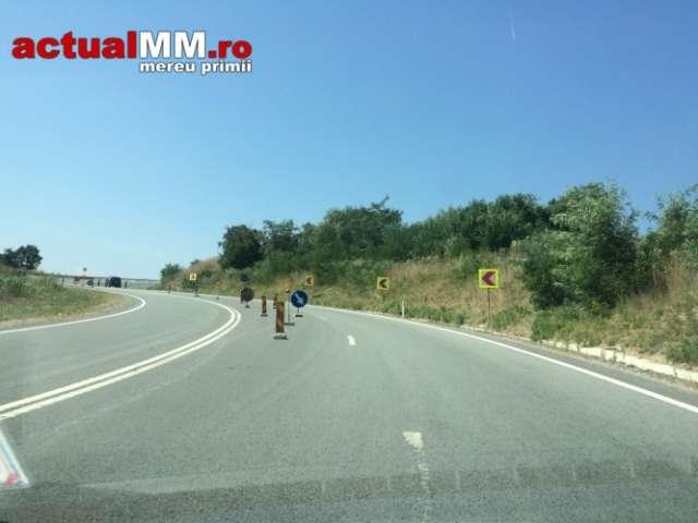 FOTO: LUCRĂRI DE MÂNTUIALĂ – DN1C o ia la vale în Pasul Mesteacăn
