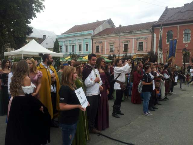 "GALERIE FOTO - Prima zi a Festivalului Antic și Medieval ""Aeternus Maramorosiensis"", un real succes"