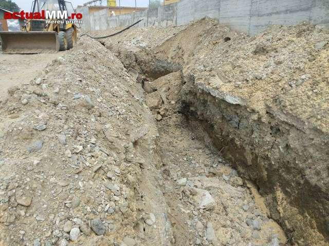 VIȘEU DE SUS – Un muncitor a fost ÎNGROPAT DE VIU, după ce un mal de pământ s-a surpat
