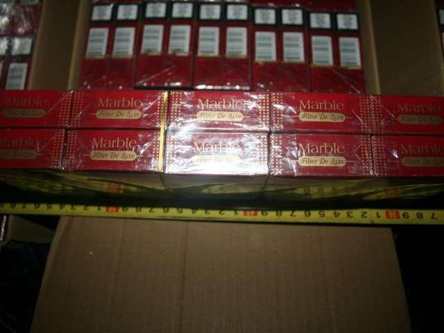 FOTO: POLIȚIA DE FRONTIERĂ - Două dosare penale pentru contrabandă şi 14.000 pachete ţigări confiscate