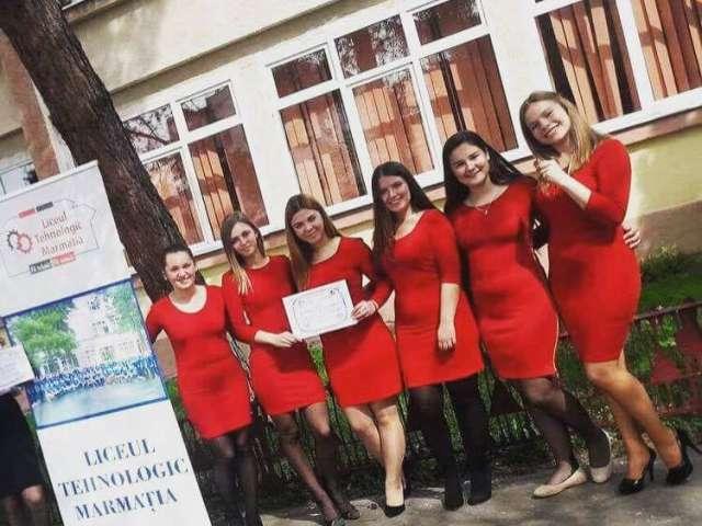 """Liceul Tehnologic """"Marmația"""" a obținut Premiul I la Târgul regional al Firmelor de Exercițiu de la Zalău"""