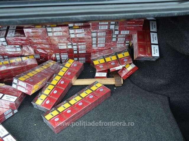 FOTO - 4.400 pachete țigări confiscate la frontiera de nord