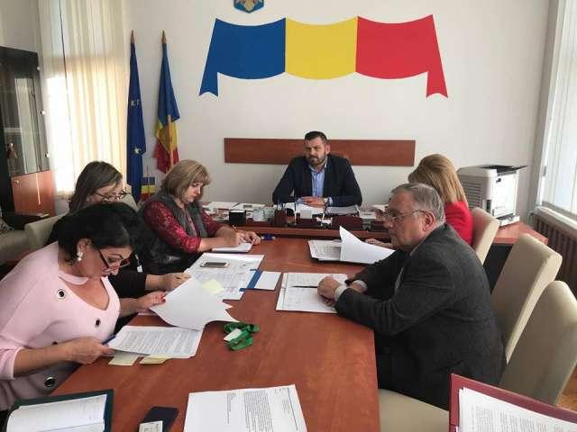 ANCHETĂ ÎN CAZUL CORNUL - Consiliul Județean Maramureș analizează contractul cu societatea Rosario Pan SRL
