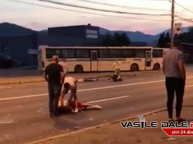 FOTO&VIDEO - Tineri bătuți și aruncați în mijlocul străzii în Baia Mare