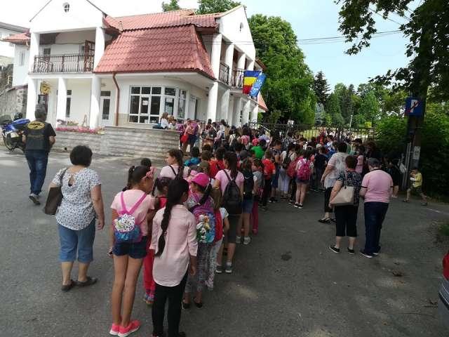 MOTOINOCENŢĂ 2018 - Bucurie pe chipurile a câtorva sute de copii din Maramureş şi Satu Mare în weekend