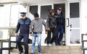 Sighetenii care au bătut și tâlhărit un bărbat în propria casă au fost arestaţi