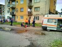 Sighetu Marmatiei: O persoana a cazut de la etaj in Cartierul Independentei