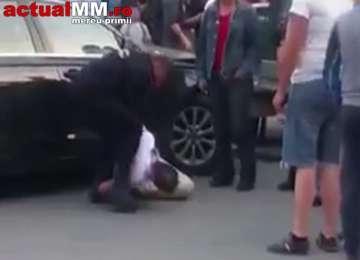 Situație fără precedent: Borșean încătușat după ce a intrat cu Audi-ul în speciala Poliției de Frontieră