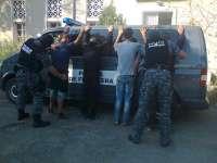 SPF PETEA - Patru irakieni, depistați în timp ce încercau să treacă ilegal frontiera