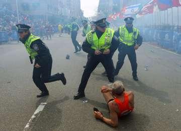 Statele Unite in alertă maximă după exploziile din Boston