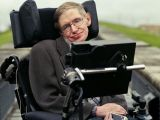"""Stephen Hawking, cel mai inteligent om de pe planetă, declară că """"Dumnezeu nu există. Miracolele religioase sunt incompatibile cu ştiinţa"""""""