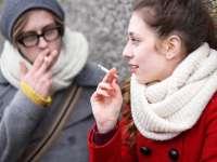Studiu: 22% dintre adolescenții români sunt fumători; 8% au consumat marijuana cel puțin o dată