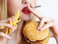 STUDIU: Fumatul accentuează luarea în greutate