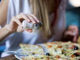 STUDIU - Mâncarea sărată nu provoacă sete, ci ... foame