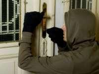 Tânăr în vârstă de 18 ani, cercetat pentru furt din locuință