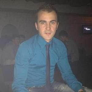 Tânărul care a fost găsit spânzurat ieri la Călineşti a decedat la spital