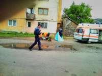 Tentativă de suicid sau accident? Un bărbat din Sighet a căzut de la etajul IV al unui bloc