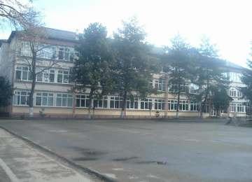 """Trei tineri din Sighet au furat și distrus materiale didactice de la Liceul tehnologic """"Marmația"""""""