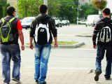 Tinerii români se situează sub media europeană în privința nivelului de cunoștințe