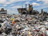 Toate gunoaiele din judeţ ajung în Baia Mare. Primarii reclamă costuri mari la transport