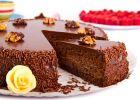 Tort cu ciocolată şi alune