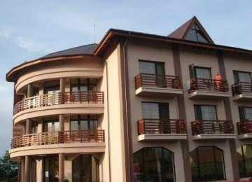 TOXIINFECŢIE ALIMENTARĂ LA OCNA ȘUGATAG - 30 de copii au ajuns la spital după ce au mâncat la hotelul Eurosind