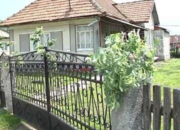 TRADIŢII ŞI OBICEIURI DE RUSALII: De ce îşi împodobesc oamenii casele cu ramuri de tei