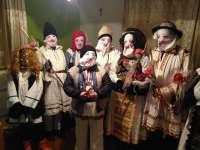 TRADIȚII: Hâzii din Bistrița - Năsăud au alungat spiritele rele în ajun de Bobotează (VIDEO)