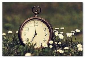 Trecem la ora de vară: Nu uitaţi să daţi ceasurile înainte la noapte
