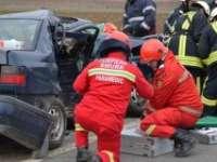 Trei persoane rănite în urma unui accident rutier