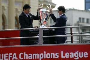 Trofeul UEFA Champions League, expus în România, a atras peste 8.300 vizitatori