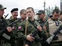Ucraina: 8.000 de polițiști și militari au trecut de partea separatiștilor