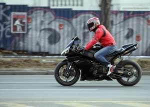 Un băimărean condamnat pentru participare la curse ilegale de maşini, din nou în atenţia poliţiei