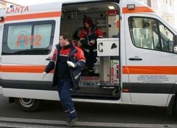 Un copil care la 7 ani cantareste doar 9 kilograme a fost adus de urgenta la Spitalul Judetean din Baia Mare
