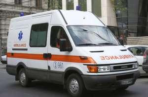 Un copil de 13 ani s-a înecat după ce a plonjat cu mașina într-o balastieră