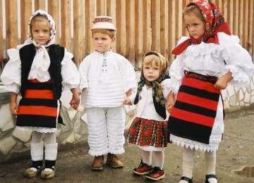 Un documentar interesant despre viaţa unui copil în Maramureş (partea a II-a)