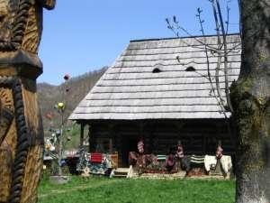 Un muzeu unic - Muzeul ţărăncii române din Dragomireşti
