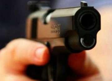 Un om de afaceri din Capitală a fost găsit împuşcat în cap