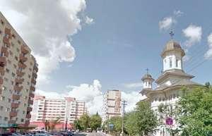 Un preot din Cluj și-a îngropat soția în curtea Bisericii dintre blocuri. Locuitorii sunt REVOLTAȚI