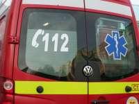 Un tânăr de 26 de ani din Sighetu Marmației a rupt cu mașina un stâlp, a intrat în gardul unei case şi a băgat în spital trei persoane