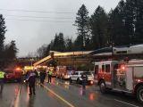 FOTO&VIDEO - Un tren de mare viteză a deraiat în statul american Washington